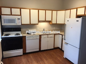 Fort Hill Apartment for rent 3 Bedrooms 1.5 Baths Boston - $2,400