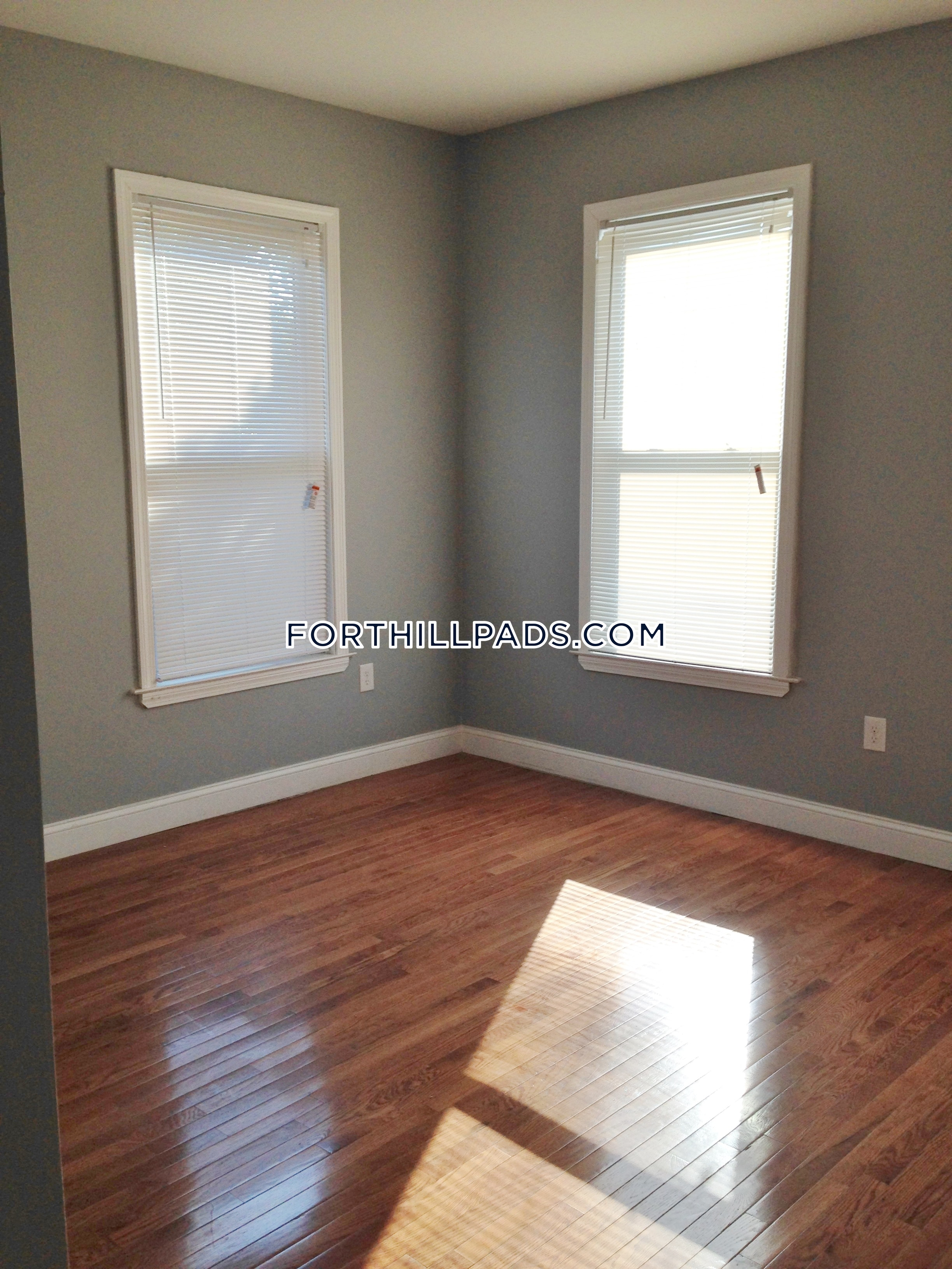 2 Beds 1 Baths - BOSTON - Fort Hill $1,900