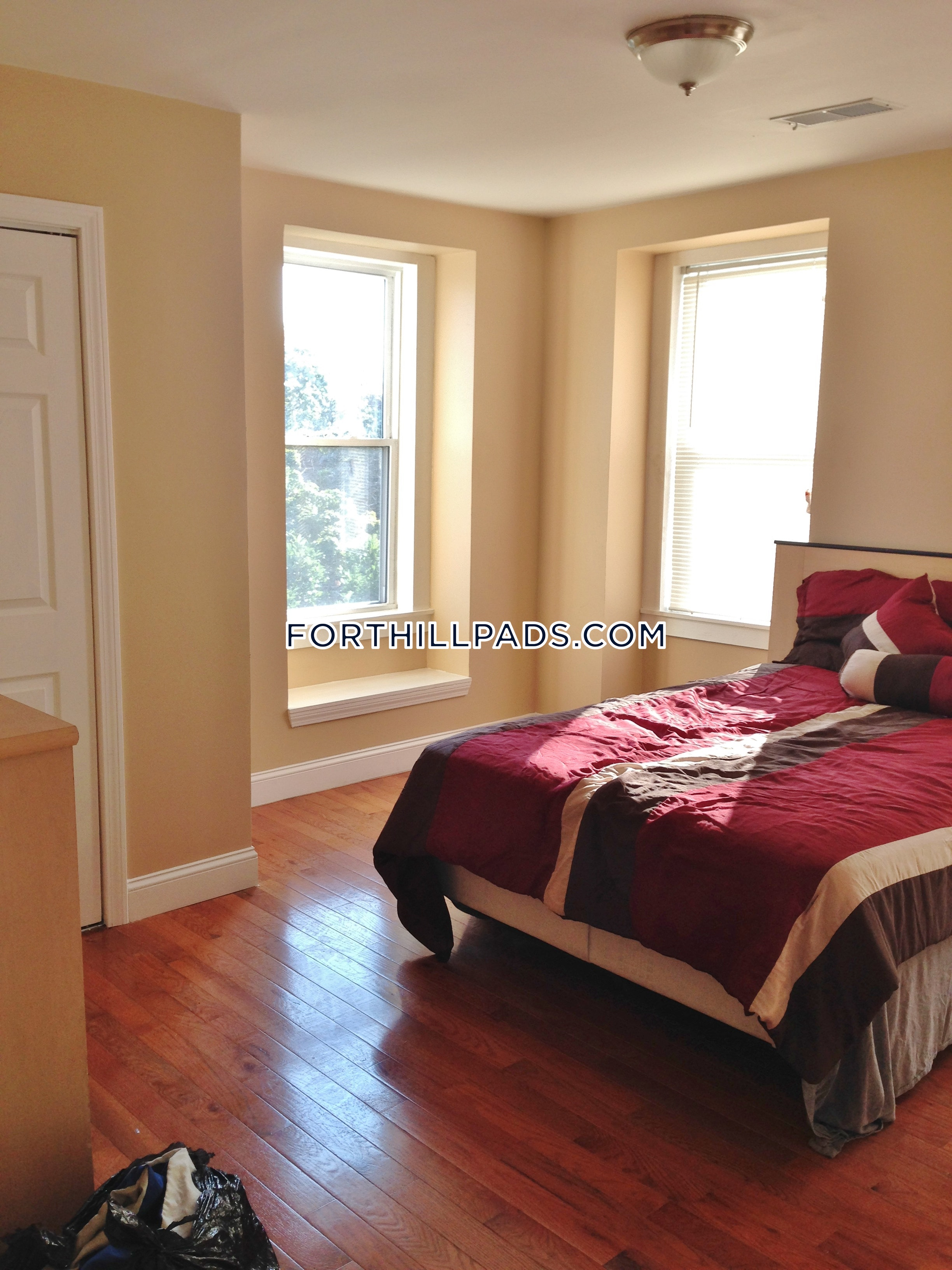 3 Beds 1 Bath - Boston - Fort Hill $2,400