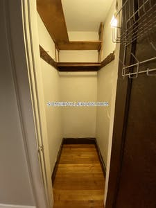 Somerville Apartment for rent 1 Bedroom 1 Bath  Tufts - $1,695 No Fee
